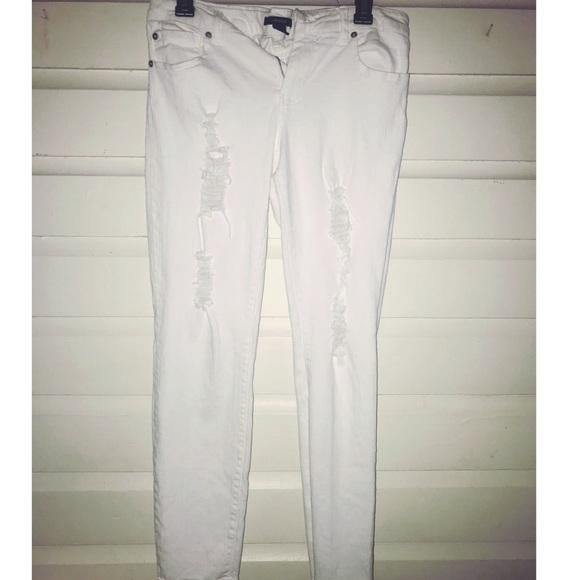 Forever 21 Denim - 5/$25 Forever 21 white ripped jeans